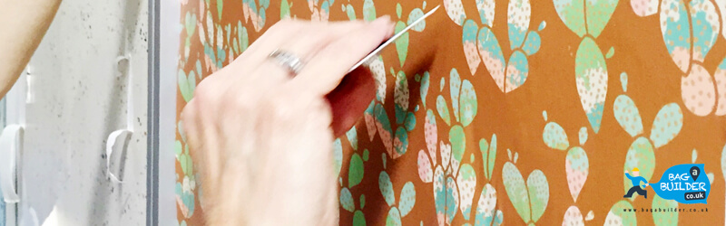 DIY Guide How To Wallpaper Your Walls for a Perfect Interior